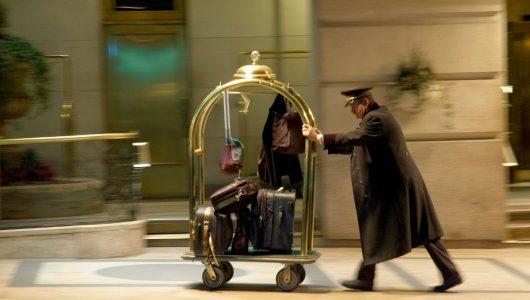 Luggage Porter 1