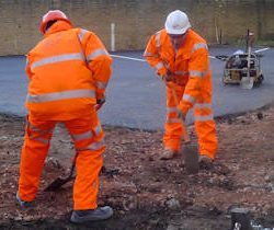 Groundworkers-web-v2-1020436