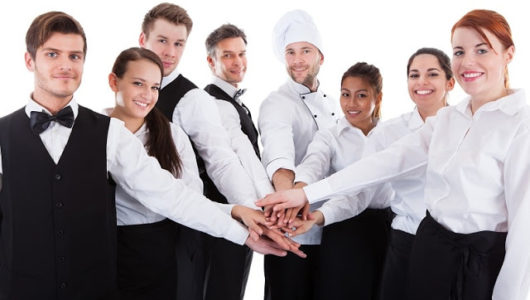 why-hotel-management-industry-opt-for-staff-training